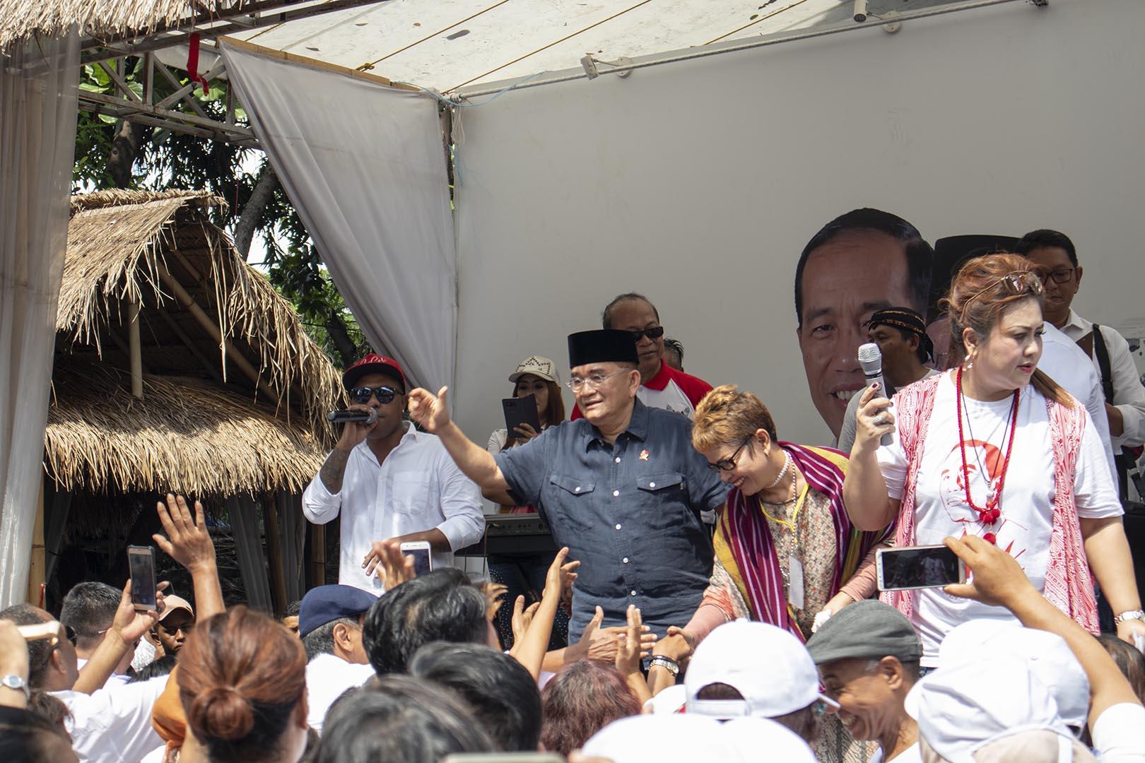 Euforia Jokowi Menang Lagi