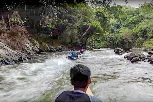 sekayam-river-600